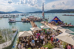 02.08.2014, Strandbad, Klagenfurt, AUT, A1 Beachvolleyball Grand Slam 2014, im Bild prachtvolles Wetter im VIP Bereich am Ufer des Wörthersees // during the A1 Beachvolleyball Grand Slam at the Strandbad Klagenfurt, Austria on 2014/08/02. EXPA Pictures © 2014, EXPA Pictures © 2014, PhotoCredit: EXPA/ Mag. Gert Steinthaler