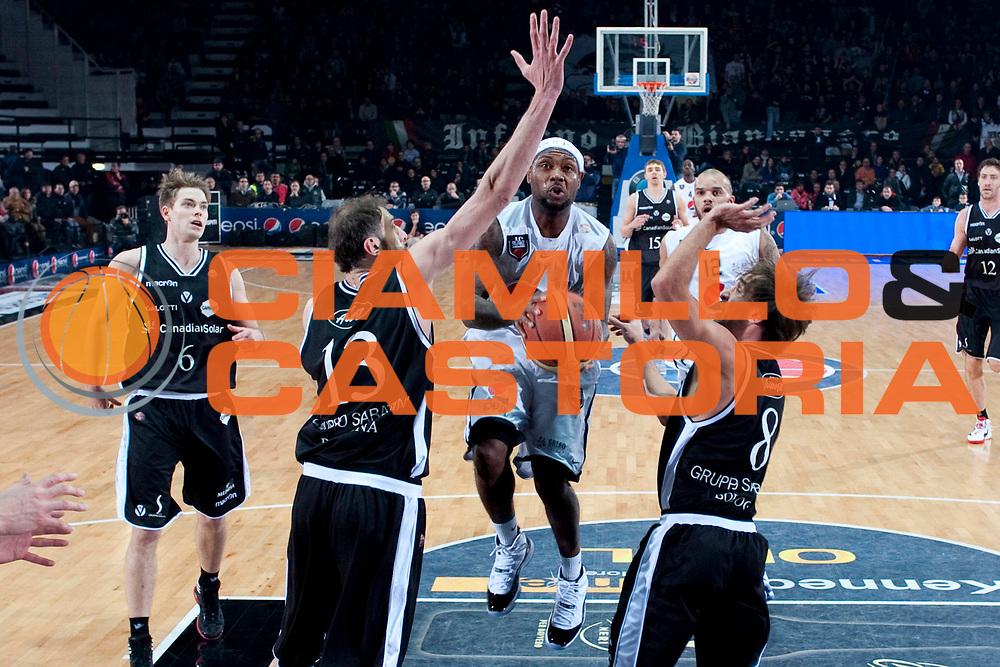 DESCRIZIONE : Caserta Lega A 2011-12 Pepsi Caserta Canadian Solar Virtus Bologna<br /> GIOCATORE : Andre Collins<br /> SQUADRA : Pepsi Caserta<br /> EVENTO : Campionato Lega A 2011-2012<br /> GARA : Pepsi Caserta Canadian Solar Virtus Bologna<br /> DATA : 30/12/2011<br /> CATEGORIA : penetrazione<br /> SPORT : Pallacanestro<br /> AUTORE : Agenzia Ciamillo-Castoria/A.De Lise<br /> Galleria : Lega Basket A 2011-2012<br /> Fotonotizia : Caserta Lega A 2011-12 Pepsi Caserta Canadian Solar Virtus Bologna<br /> Predefinita :