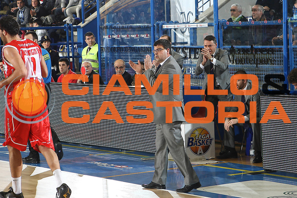 DESCRIZIONE : Porto San Giorgio Lega A 2010-11 Fabi Montegranaro Banca Tercas Teramo<br /> GIOCATORE : Alessandro Ramagli<br /> SQUADRA : Banca Tercas Teramo<br /> EVENTO : Campionato Lega A 2010-2011<br /> GARA : Fabi Montegranaro Banca Tercas Teramo<br /> DATA : 02/01/2011<br /> CATEGORIA : coach<br /> SPORT : Pallacanestro<br /> AUTORE : Agenzia Ciamillo-Castoria/C.De Massis<br /> Galleria : Lega Basket A 2010-2011<br /> Fotonotizia : Porto San Giorgio Lega A 2010-11 Fabi Montegranaro Banca Tercas Teramo<br /> Predefinita :