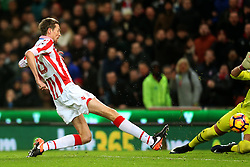 Peter Crouch of Stoke City scores his sides first goal  - Mandatory by-line: Matt McNulty/JMP - 01/02/2017 - FOOTBALL - Bet365 Stadium - Stoke-on-Trent, England - Stoke City v Everton - Premier League