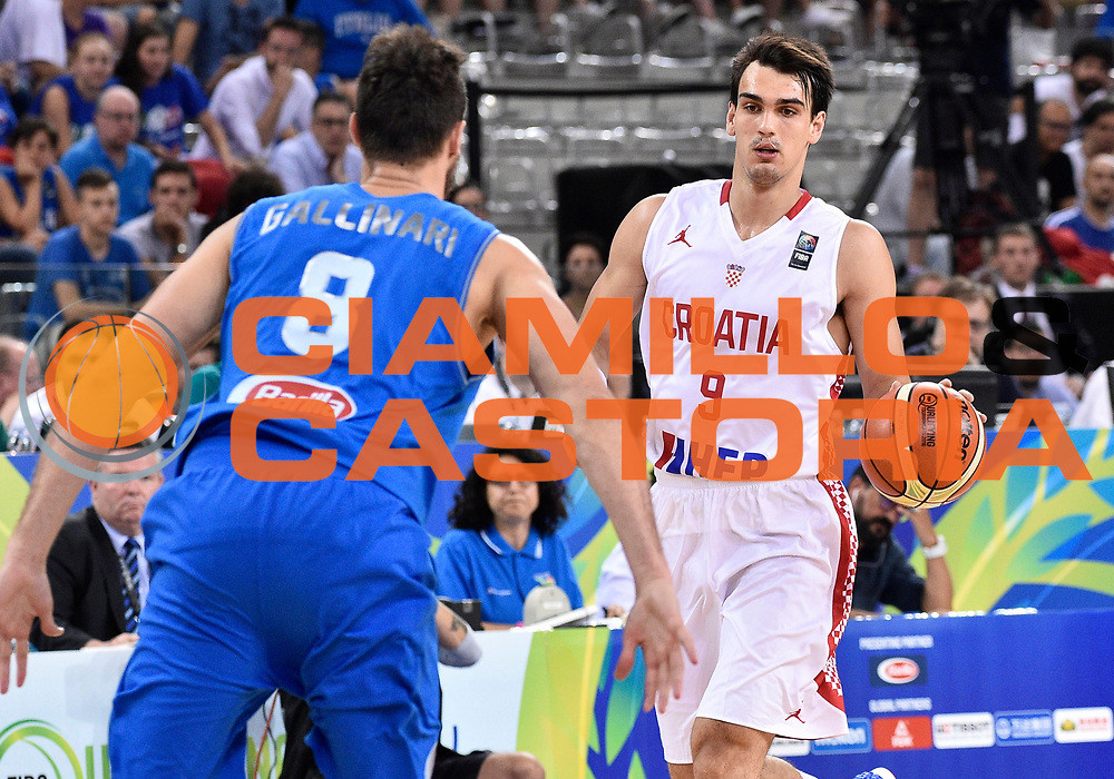 DESCRIZIONE: Torino FIBA Olympic Qualifying Tournament Finale Italia - Croazia<br /> GIOCATORE: DARIO SARIC<br /> CATEGORIA: Nazionale Italiana Italia Maschile Senior<br /> GARA: FIBA Olympic Qualifying Tournament Finale Italia - Croazia<br /> DATA: 09/07/2016<br /> AUTORE: Agenzia Ciamillo-Castoria