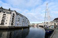 ÅLESUND 20130224. <br /> Seilbåten Safier ligger til kai ved Brosundet i Ålesund.<br /> Foto: Svein Ove Ekornesvåg