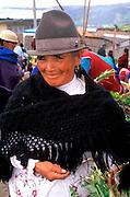 ECUADOR, HIGHLANDS main produce market in Canar