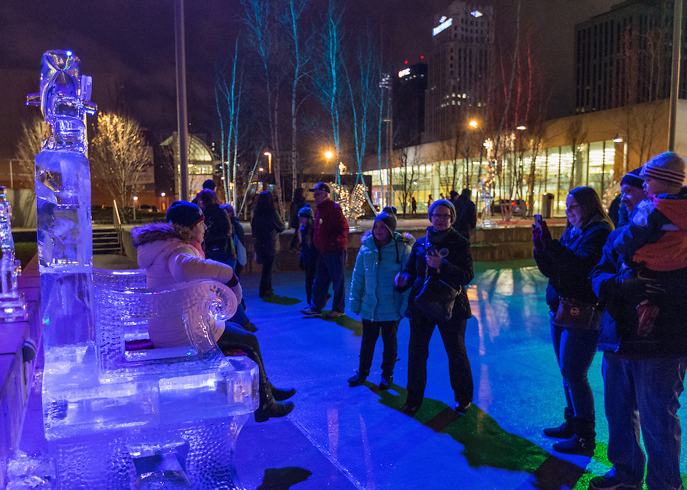 Goodyear Ice Sculpture Garden at the Akron Art Museum First Night Akron 2017.