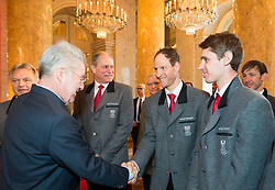 29.01.2014, Hofburg, Wien, AUT, Sochi 2014, Vereidigung OeOC, im Bild Bundespräsident Heinz Fischer mit Bernhard Gruber und Lukas Klapfer // Austrians President Heinz Fischer with Bernhard Gruber with Lukas Klapfer during the swearing-in of the Austrian National Olympic Committee for Sochi 2014 at the  Hofburg in Vienna, Austria on 2014/01/29. EXPA Pictures © 2014, PhotoCredit: EXPA/ JFK