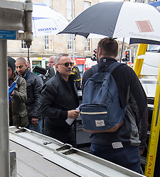 Robert Carlyle arriving at The Central Bar, in Leith, Edinburgh, to film scenes for the second Trainspotting film, on Monday 16/5/2016.