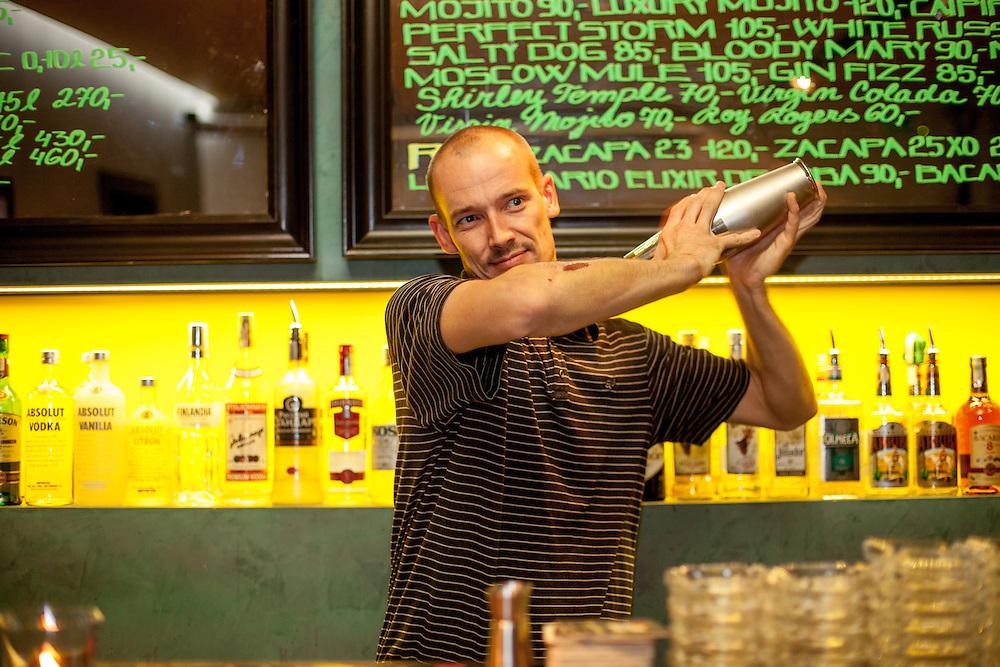 Der Eigentümer des Cafe Baribal David Blazek.