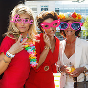 NLD/Amserdam/20150604 - Uitreiking Talkies Terras Award 2015 en onthulling cover, Nicolette van Dam, Kristina  Bozilovic en ......