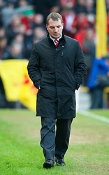 MANCHESTER, ENGLAND - Sunday, January 13, 2013: Liverpool's manager Brendan Rodgers walks down the touchline during the Premiership match against Manchester United at Old Trafford. (Pic by David Rawcliffe/Propaganda)