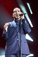071914 Alejandro Fernandez Performs in Madrid