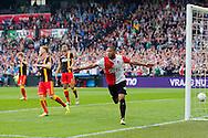 ROTTERDAM, Feyenoord - Go Ahead Eagles, voetbal Eredivisie, seizoen 2013-2014, 30-03-2014, Stadion de Kuip, Feyenoord speler Tonny Vilhena (R) heeft de 2-0 gescoord, Go Ahead Eagles speler Jeffrey Rijsdijk (2L) en Go Ahead Eagles speler Mawouna Amevor (M) balen.