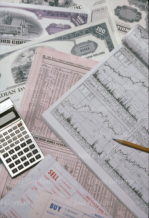 Financial investments of stocks and charting stock movement