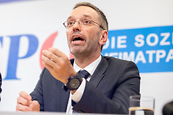 20.05.2019, Pressezentrum, Wien, AUT, FPOe, Presserklaerung nach dem Parteipraesidium mit Verkehrsminister Norbert Hofer und Innenminister Herbert Kickl, im Bild Herbert Kickl (FPOe)// during media conference after the presidium of the freedom party at the press center in Wien, Austria on 2019/05/20. EXPA Pictures © 2019, PhotoCredit: EXPA/ Florian Schroetter