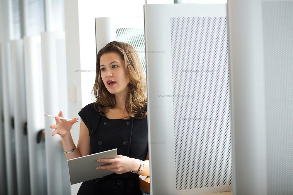 London corporate staff.<br /> <br /> Photo: Tom Pietrasik<br /> London U.K.<br /> 2010