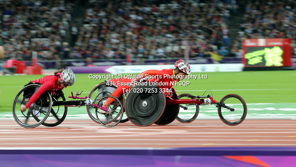 05 September 2012 Paralympic Games . Athletics.<br /> Hongzhuan Zhou on her way to gold for China in the womens 800 metres T53 race.<br /> Photo: Mark Leech.