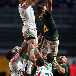 PADUA, ITALY - NOVEMBER 22: Joshua Furno of Italy out jumps Eben Etzebeth of South Africa during the Castle Lager Outgoing Tour match between Italy and South African at Stadio Euganeo on November 22, 2014 in Padua, Italy. (Photo by Steve Haag/Gallo Images)