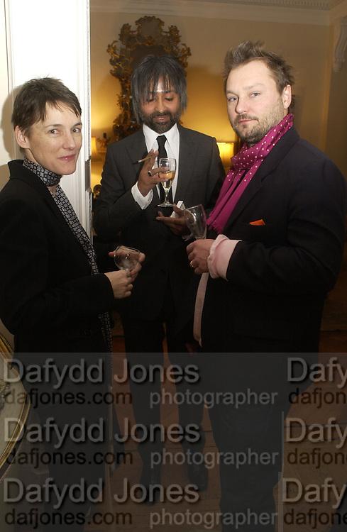 Sadie Coles, Zaim Kamal and Juergen Teller, Dinner at the Italian Embassy in which the winner of the MaxMara Art Prize for Women is announced. Grosvenor Sq. London . 2 February  2006. © Copyright Photograph by Dafydd Jones 66 Stockwell Park Rd. London SW9 0DA Tel 020 7733 0108 www.dafjones.com
