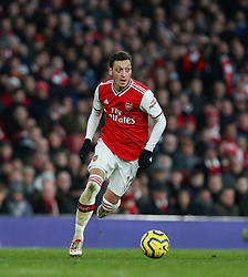 Mesut Ozil of Arsenal on the ball - Mandatory by-line: Arron Gent/JMP - 18/01/2020 - FOOTBALL - Emirates Stadium - London, England - Arsenal v Sheffield United - Premier League