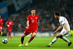 Robert Lewandowski of Bayern Munich is challenged by Jan Vertonghen of Tottenham Hotspur - Rogan/JMP - 01/10/2019 - FOOTBALL - Tottenham Hotspur Stadium - London, England - Tottenham Hotspur v Bayern Munich - UEFA Champions League Group B.