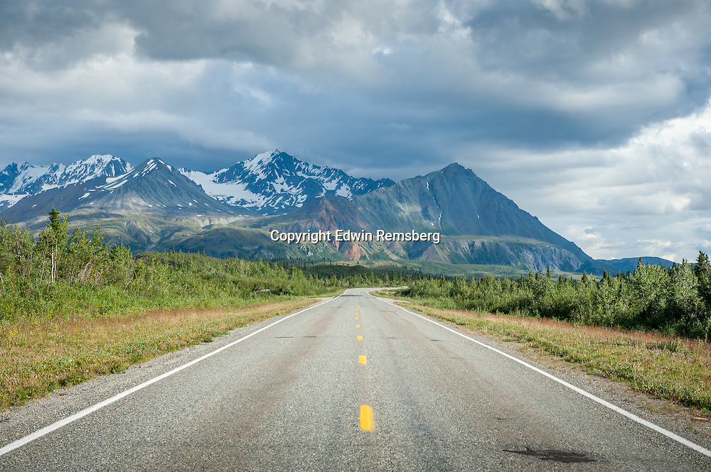 Scenic view of Richardson Highway in Alaska