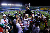 20091202: RIO DE JANEIRO, BRAZIL - South-American Cup 2009, Final: Fluminense vs LDU Quito. In picture: LDU Quito players celebrating victory with the trophy. PHOTO: CITYFILES