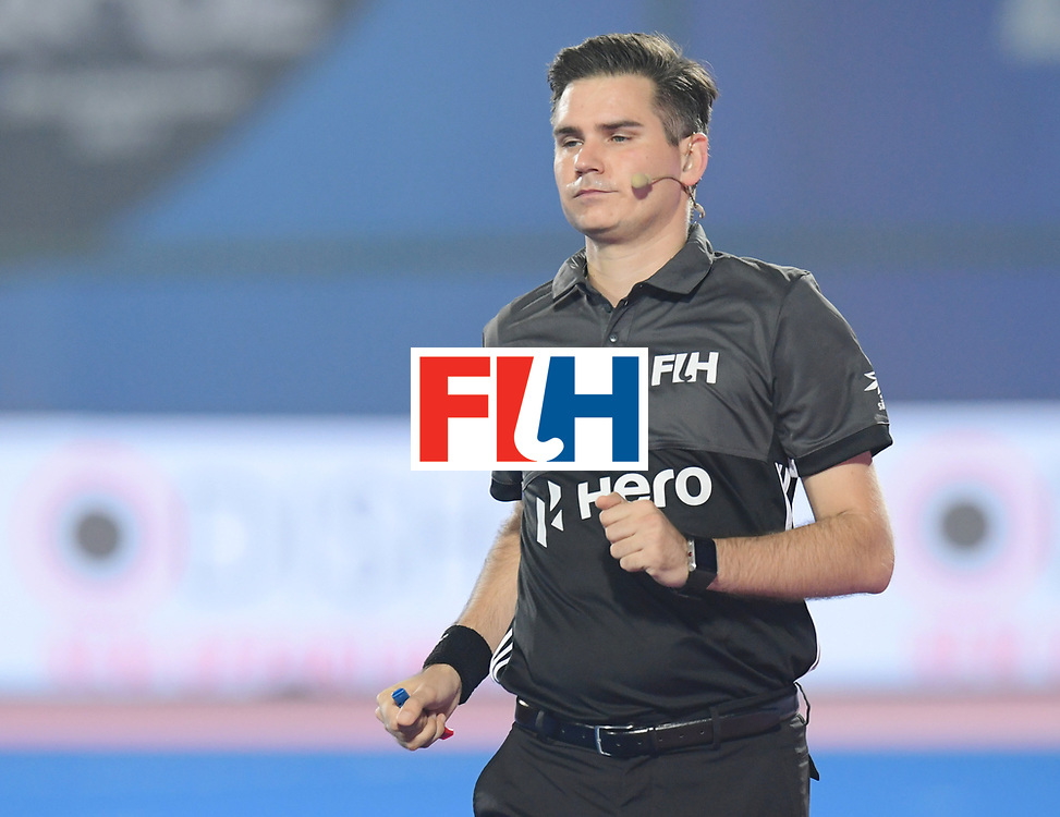 Odisha Men's Hockey World League Final Bhubaneswar 2017<br /> Match id:11<br /> Argentina v Spain<br /> Foto: Umpire<br /> COPYRIGHT WORLDSPORTPICS FRANK UIJLENBROEK