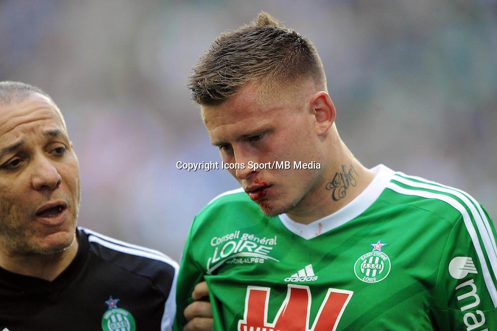 BLESSURE DE Franck TABANOU  - 12.04.2015 - Saint Etienne / Nantes - 32eme journee de Ligue 1 <br />Photo : Jean Paul Thomas / Icon Sport