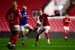 Yana Daniels of Bristol City marks Inessa Kaagman of Everton Women - Mandatory by-line: Ryan Hiscott/JMP - 17/02/2020 - FOOTBALL - Ashton Gate Stadium - Bristol, England - Bristol City Women v Everton Women - Women's FA Cup fifth round