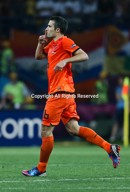 13.06.2012 Ukraine, Kharkiv.  Netherlands national team player Robin van Persie in the group stage European Football Championship match between teams of the Netherlands and Germany.