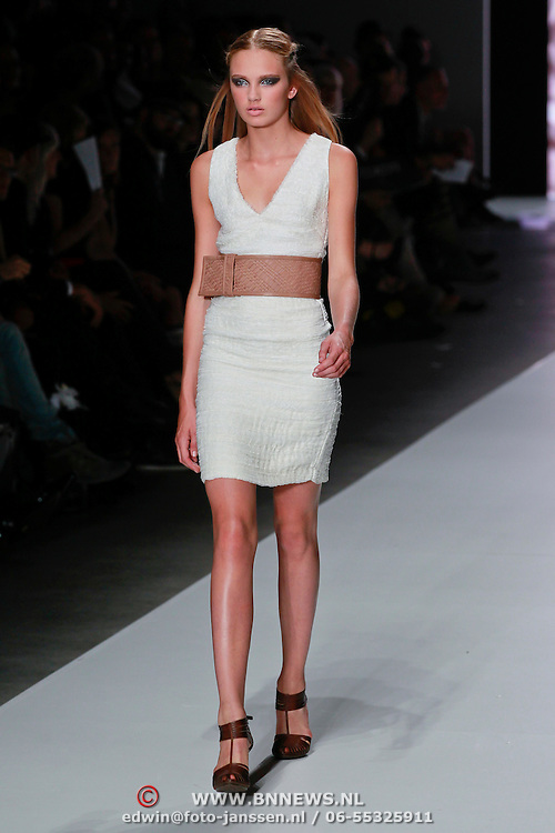 NLD/Amsterdam/20110713 - AIFW 2011 Summer, show Tony Cohen,