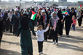 Palestinian women Protest on Gaza border