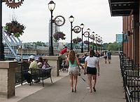Riverwalk at Newport on the Levee