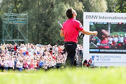 28.06.2015, Golfclub München Eichenried, Muenchen, GER, BMW International Golf Open, Tag 4, im Bild Jubel von Pablo Larrazabal (ESP) auf dem 18 ten Green // during te finals of BMW International Golf Open at the Golfclub München Eichenried in Muenchen, Germany on 2015/06/28. EXPA Pictures © 2015, PhotoCredit: EXPA/ Eibner-Pressefoto/ Kolbert<br /> <br /> *****ATTENTION - OUT of GER*****