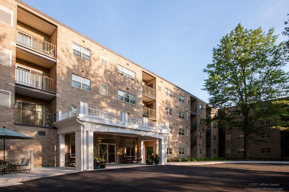 Pikeswood Apartments exterior photo in Baltimore MD by Jeffrey Sauers of Commercial Photographics