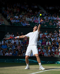 LONDON, ENGLAND - Wednesday, June 29, 2011: Andy Murray (GBR) in action during the Gentlemen's Singles Quarter-Final match on day nine of the Wimbledon Lawn Tennis Championships at the All England Lawn Tennis and Croquet Club. (Pic by David Rawcliffe/Propaganda)