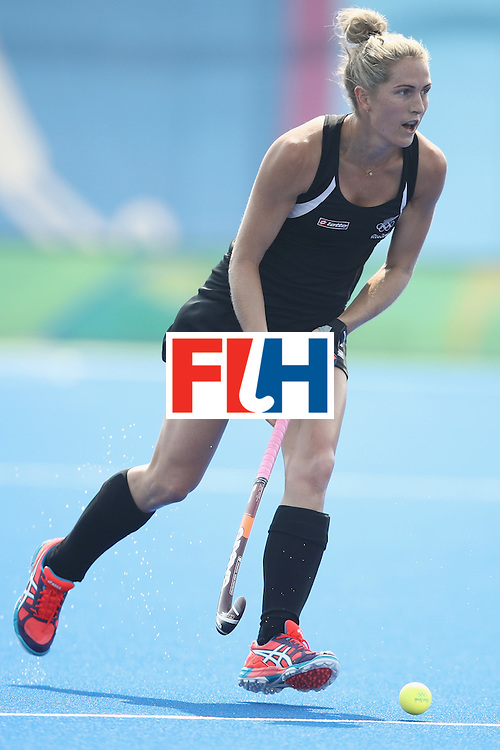 RIO DE JANEIRO, BRAZIL - AUGUST 07:  Stacey Michelsen of New Zealand runs with the ball during the women's pool A match between New Zealand and the Republic of Korea on Day 2 of the Rio 2016 Olympic Games at the Olympic Hockey Centre on August 7, 2016 in Rio de Janeiro, Brazil.  (Photo by Mark Kolbe/Getty Images)