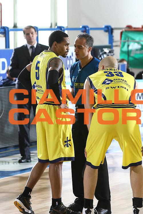 DESCRIZIONE : Porto San Giorgio Lega A 2009-10 Sigma Coatings Montegranaro Lottomatica Virtus Roma<br /> GIOCATORE : Kennedy Winston referee<br /> SQUADRA : Sigma Coatings Montegranaro <br /> EVENTO : Campionato Lega A 2009-2010 <br /> GARA : Sigma Coatings Montegranaro Lottomatica Virtus Roma<br /> DATA : 06/12/2009<br /> CATEGORIA : referee<br /> SPORT : Pallacanestro <br /> AUTORE : Agenzia Ciamillo-Castoria/C.De Massis<br /> Galleria : Lega Basket A 2009-2010 <br /> Fotonotizia : Porto San Giorgio Lega A 2009-10 Sigma Coatings Montegranaro Lottomatica Virtus Roma<br /> Predefinita :