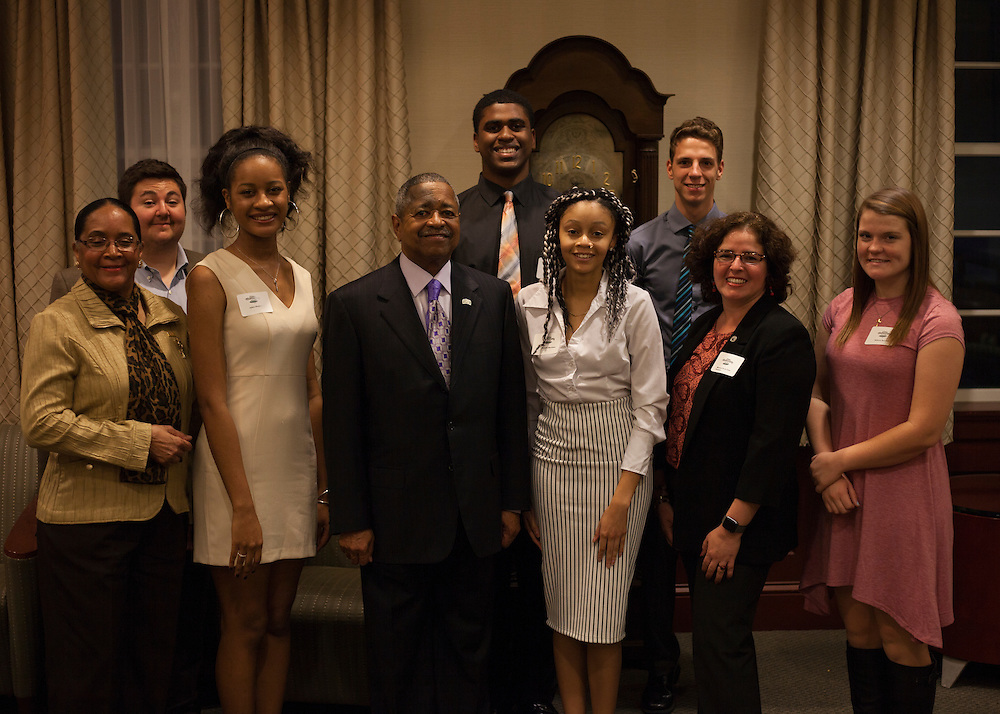 Urban and Appalachian scholars pose for a photo with President Roderick McDavis and First Lady Deborah McDavis. © Ohio University / Photo by Kaitlin Owens