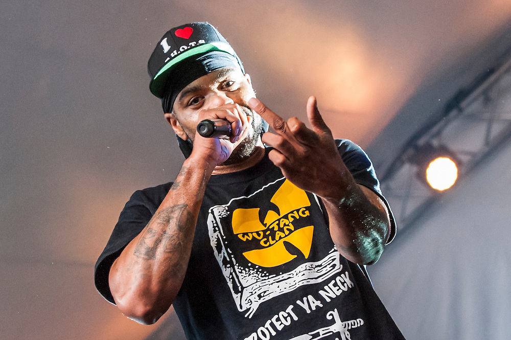 Method Man gives me the finger during a performance at Copenhagen's Vanguard Festival.