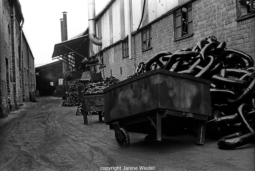 Chainmaking at  Griffin Woodhouse Cradley Heath West Midlands UK