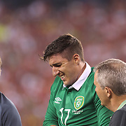 Stephen Ward, Ireland, goes off injured during the Portugal V Ireland International Friendly match in preparation for the 2014 FIFA World Cup in Brazil. MetLife Stadium, Rutherford, New Jersey, USA. 10th June 2014. Photo Tim Clayton