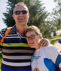 16-06-2017 NED: We hike to change diabetes day 6, Santiago de Compostela <br /> De laatste dag van Herrerias de Valcarce naar Santiago de Compastela. Inge