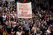 DESCRIZIONE : Pistoia Lega A 2015-2016 Giorgio Tesi Group Pistoia EA7 Emporio Armani Milano<br /> GIOCATORE : Roberto Maltinti<br /> CATEGORIA : vip pregame tifosi curiosita<br /> SQUADRA : Giorgio Tesi Group Pistoia<br /> EVENTO : Campionato Lega A 2015-2016<br /> GARA : Giorgio Tesi Group Pistoia EA7 Emporio Armani Milano<br /> DATA : 14/02/2016<br /> SPORT : Pallacanestro<br /> AUTORE : Agenzia Ciamillo-Castoria/Max.Ceretti<br /> GALLERIA : Lega Basket A 2015-2016<br /> FOTONOTIZIA : Pistoia Lega A 2015-2016 Giorgio Tesi Group Pistoia EA7 Emporio Armani Milano<br /> PREDEFINITA :