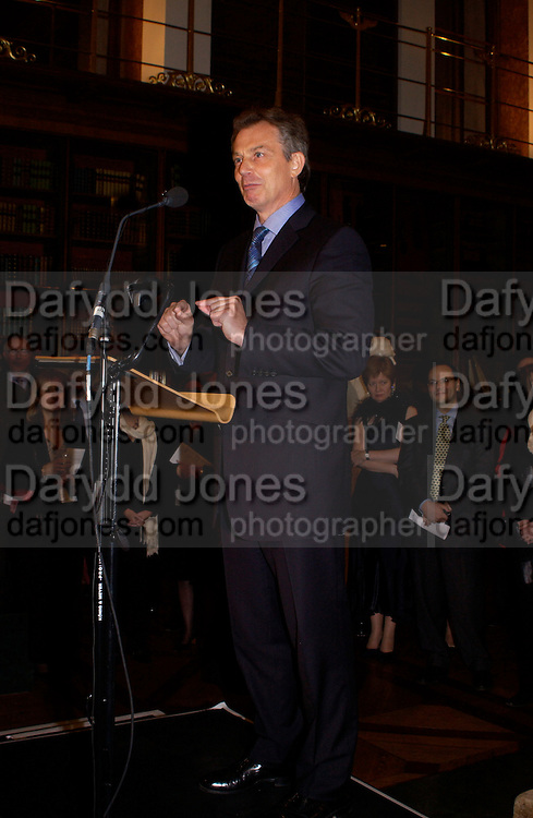 UK Prime Minister Tony Blair,  British Museum 250th Anniversary party, 15 December 2003. © Copyright Photograph by Dafydd Jones 66 Stockwell Park Rd. London SW9 0DA Tel 020 7733 0108 www.dafjones.com