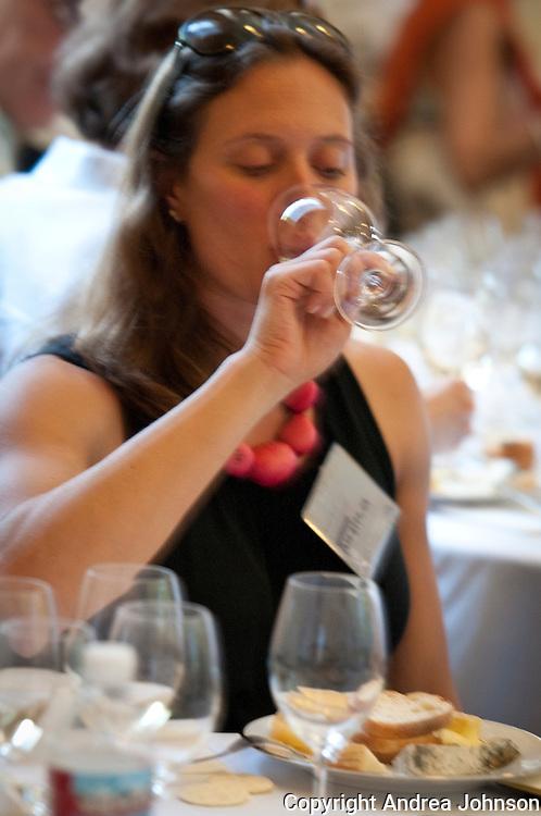 Alyssa Raab at cheese & wine pairing 2011 IPNC