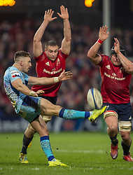 January 19, 2019 - Limerick, Ireland - Nic White of Exeter kicks the ball during the Heineken Champions Cup match between Munster Rugby and Exeter Chiefs at Thomond Park in Limerick, Ireland on January 19, 2019  (Credit Image: © Andrew Surma/NurPhoto via ZUMA Press)