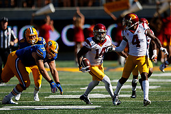 BERKELEY, CA - SEPTEMBER 23:  Safety Ykili Ross #14 of the USC Trojans returns an interception upfield against the California Golden Bears during the fourth quarter at California Memorial Stadium on September 23, 2017 in Berkeley, California. The USC Trojans defeated the California Golden Bears 30-20. (Photo by Jason O. Watson/Getty Images) *** Local Caption *** Ykili Ross