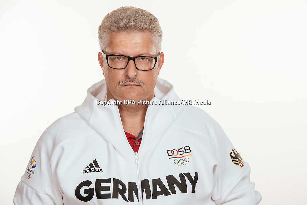 Jens Kahl poses at a photocall during the preparations for the Olympic Games in Rio at the Emmich Cambrai Barracks in Hanover, Germany, taken on 21/07/16 | usage worldwide