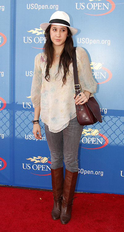 US singer Vanessa Carlton arrives for the men's final match on the final day of the 2007 US Open tennis tournament in Flushing Meadows, New York, USA, 09 September 2007.