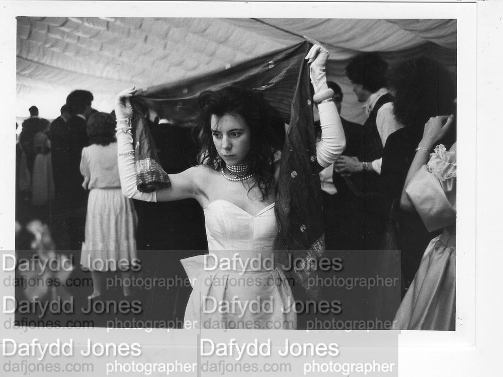 Girl at Magdalene Ball. Cambridge. 1983. *** Local Caption *** -DO NOT ARCHIVE-© Copyright Photograph by Dafydd Jones 66 Stockwell Park Rd. London SW9 0DA Tel 020 7733 0108 www.dafjones.com